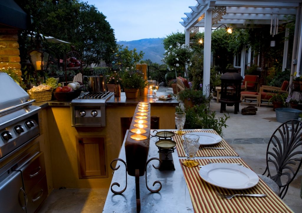 Outdoor lifestyles living and entertaining