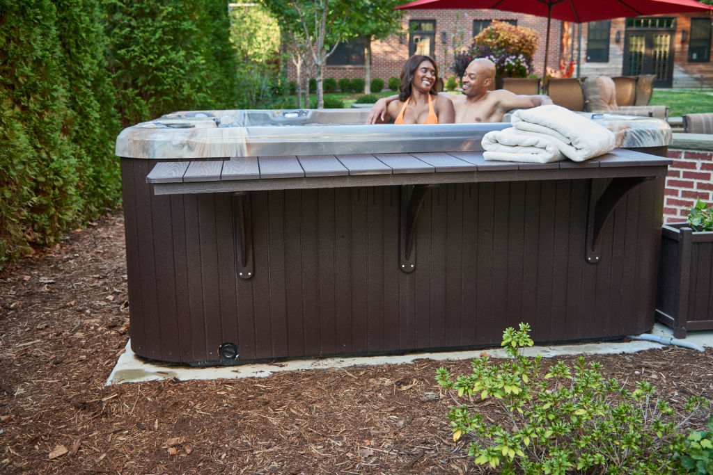 Spas & Hot Tubs Images