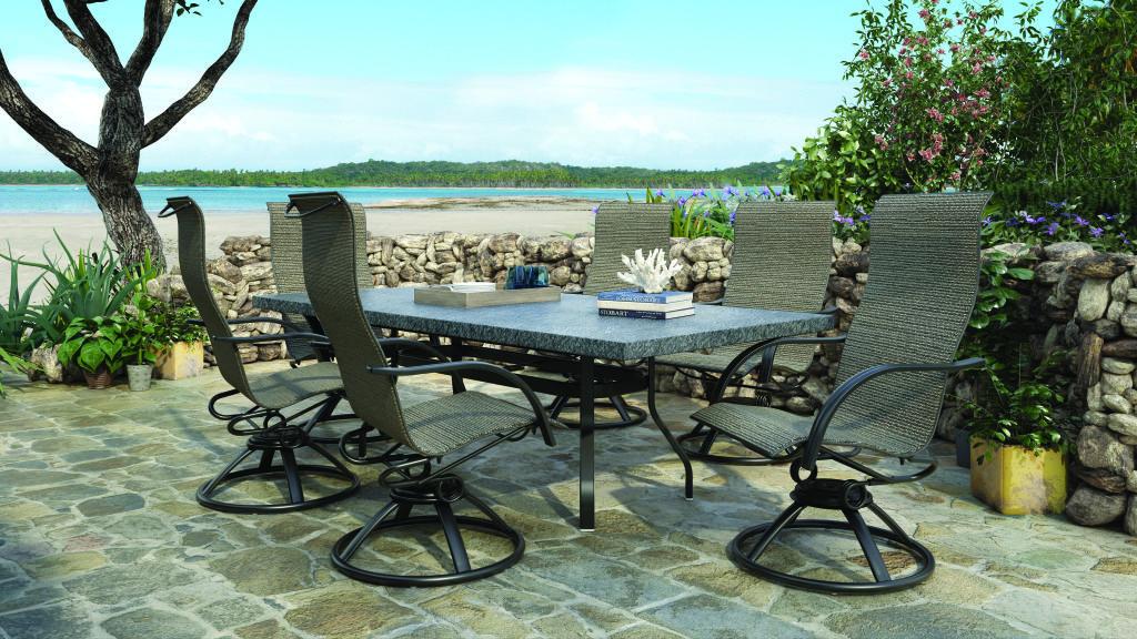 Homecrest Outdoor Living Palisade