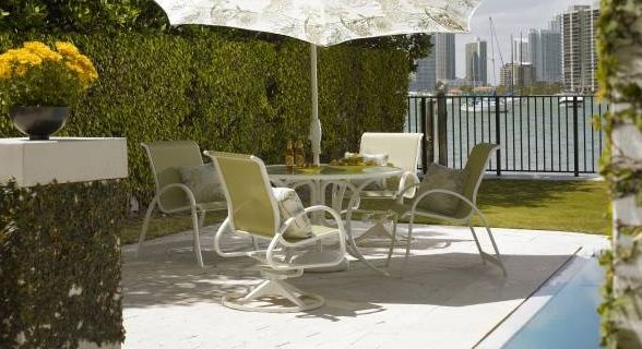 Telescope Casual Patio Furniture Aruba Sling