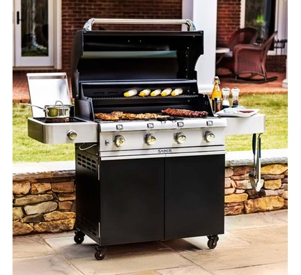 Saber Cast Black 670 Grill Open Patio